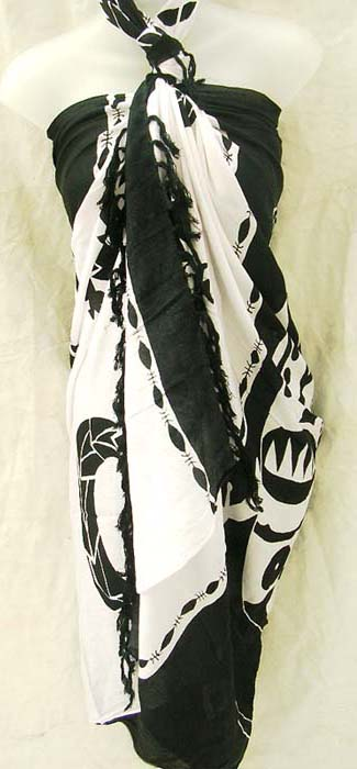 Black and white, gecko designed balinese sarong from online catalog supply factory store