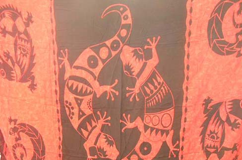 Red and black balinese beach wrap around with gecko print from indonesia import supply b2b trade company