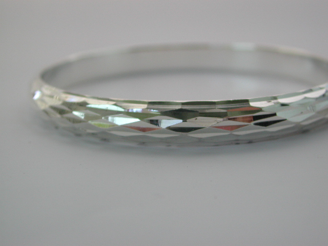 Shop for sterling silver wholesale store supply 925.Sterling silver bangle with carved-in diamond design