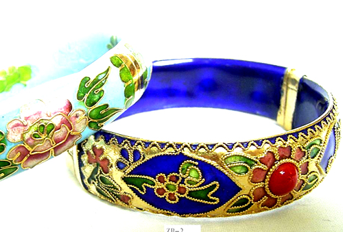 Quality jewelry wholesaler supply fashion Chinese style enamel bangle with summer flower pattern and mini golden bead design