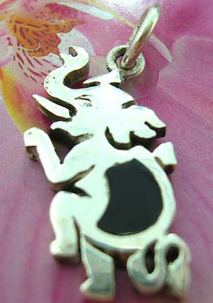 Elephant Thailand made solid sterling silver charm pendant with onyx