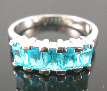 Mordern fashion jewelry design in fine cutting cz engagement ring with aqua diamond cz stones