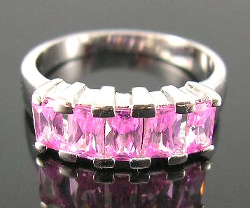 Wholesale cz jewelry memory making supplier in pink cz ring in finest cutting, central design