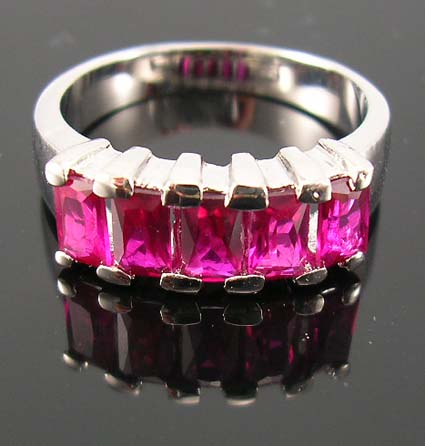 Seasonal jewelry cubic zirconia friendship ring shopping supplier with pink cz ring in fine rhodium plated