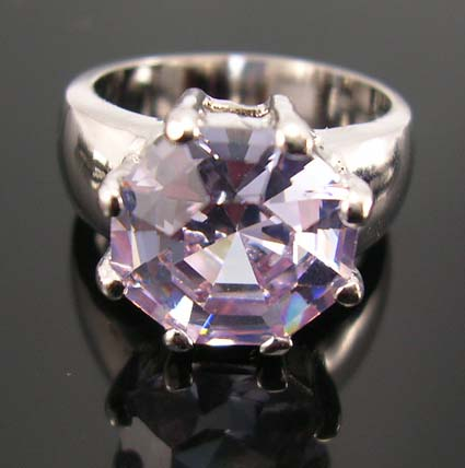 Lady trends fashion cz jewelry promise ring shop store - rhodium ring with lavender purple cz set in middle
