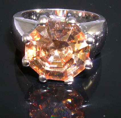 Trendy gift cz jewelry at wholesale price supply champagne diamond cz ring in bold ring