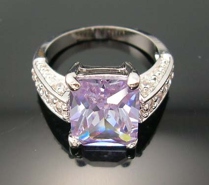 Catalog bridal trendy jewelry online wholesaler supply amethyst-violet cz ring paired with multi mini clear cz beside