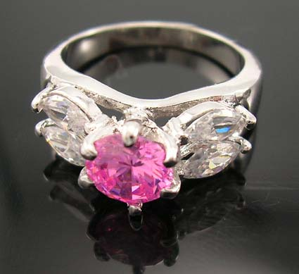 Online seasonal jewelry fashion diamond cubic zirconia wedding ring supplier in pink cz ring with multi clear cz beside