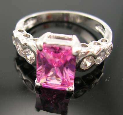 Save on holiday gift cubic zirconia jewelry online wholesaler distribute pink cz ring paired with multi clear cz