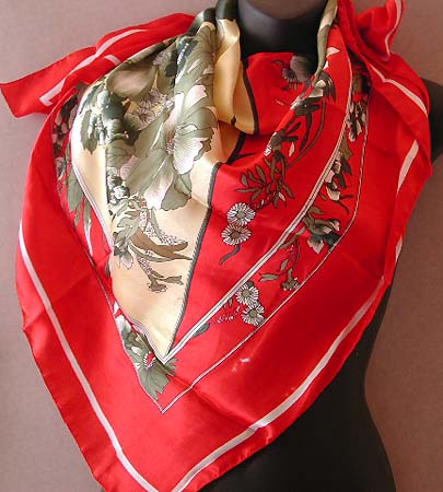 Fashion & designer scarf for love one wholesaler distribute red white color scene gray flower pattern large square polyester scarf