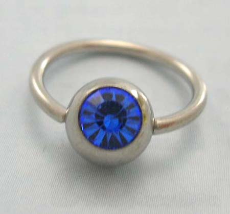 Body Canada piercing jewelry wholesaler distribute steel ball closure ring for belly bottom with blue Cz embedded
