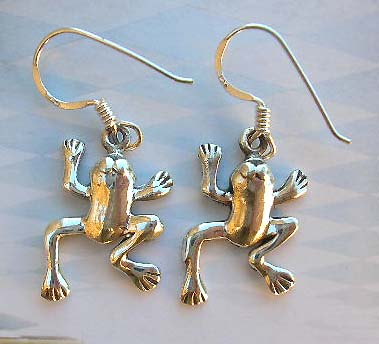 Fine sterling silver fashion animal design earrings in frog design