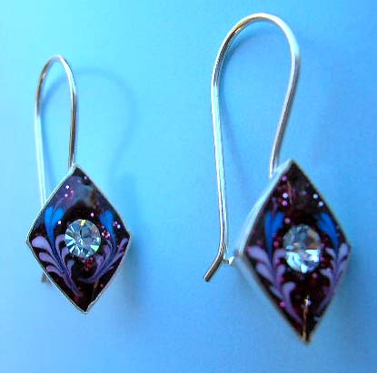 Wholesale enamel jewelry fashion manufacturer - sterling silver earring in purplry flroal enamel diamond shape with clear Cz
