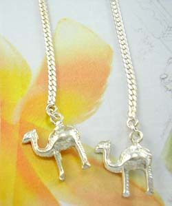 Trendy fashion desert animal jewelry wholesale distributor in sterling silver long chain earrings