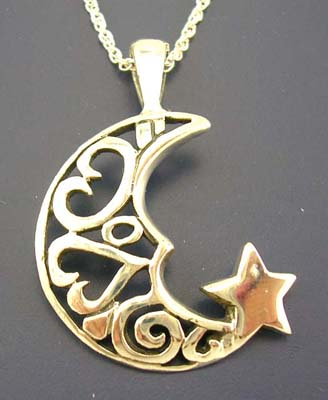 Nature sceen pendant jewelry supplier in sterling silver pendant with star and cut-out moon & heart design