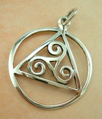 Quality design fashion jewelry pendant wholesale supplier sterling silver pendant in circle and triangle shape with three spirals design