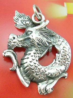 Fashion China dragon symbol jewelry pendant at wholesale price in solid sterling silver dragon pendant