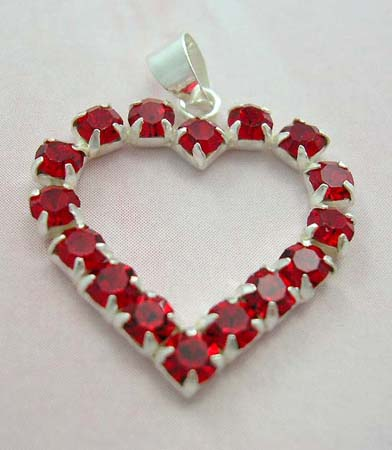 Cz charm fashion jewelry in heart theme wholesale sterling silver pendant in heart shape with red Cz embedded