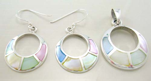 Online wholesale pearl set jewelry in assorted mother of pearl sterling silver earrings and pendant
